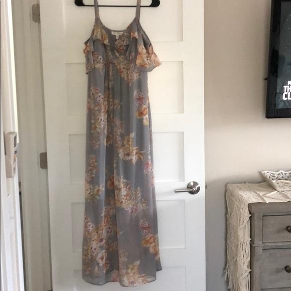 52492766d81 Jessica Simpson Dresses   Skirts - Jessica Simpson Ruffled Maternity Maxi  Dress